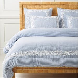 BNWT Westport Duvet Cover-King size- French Blue💙